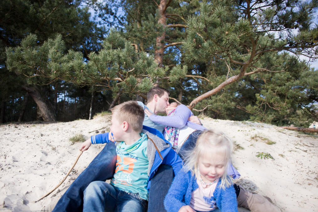 familieshoot soesterduinen semper lumen liefde love shoot kinderen fotografie fotograaf almere
